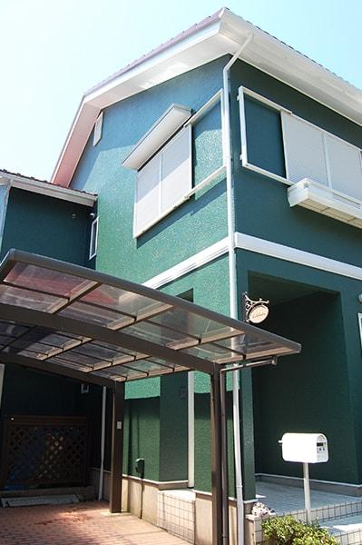 三浦市H様邸・外壁と屋根塗装後の写真