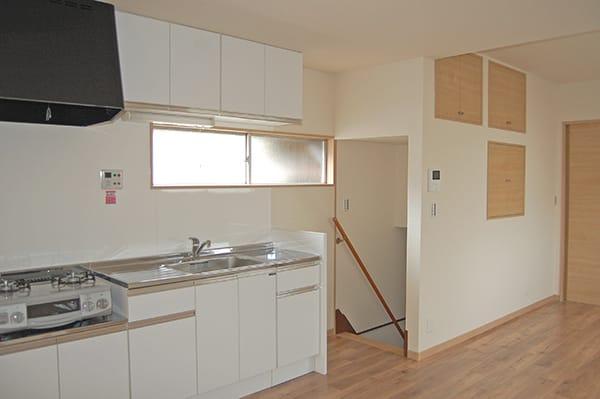 横浜市磯子区M様・賃貸住宅のキッチンリフォーム後の写真