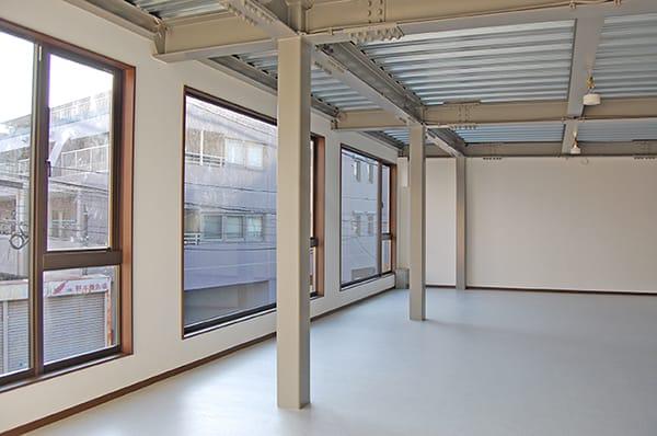 鉄骨造鉄骨造店舗スケルトン工事の写真